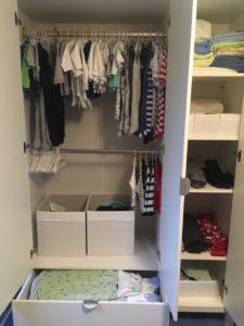 Der Kleiderschrank - Das Leben mit Twins
